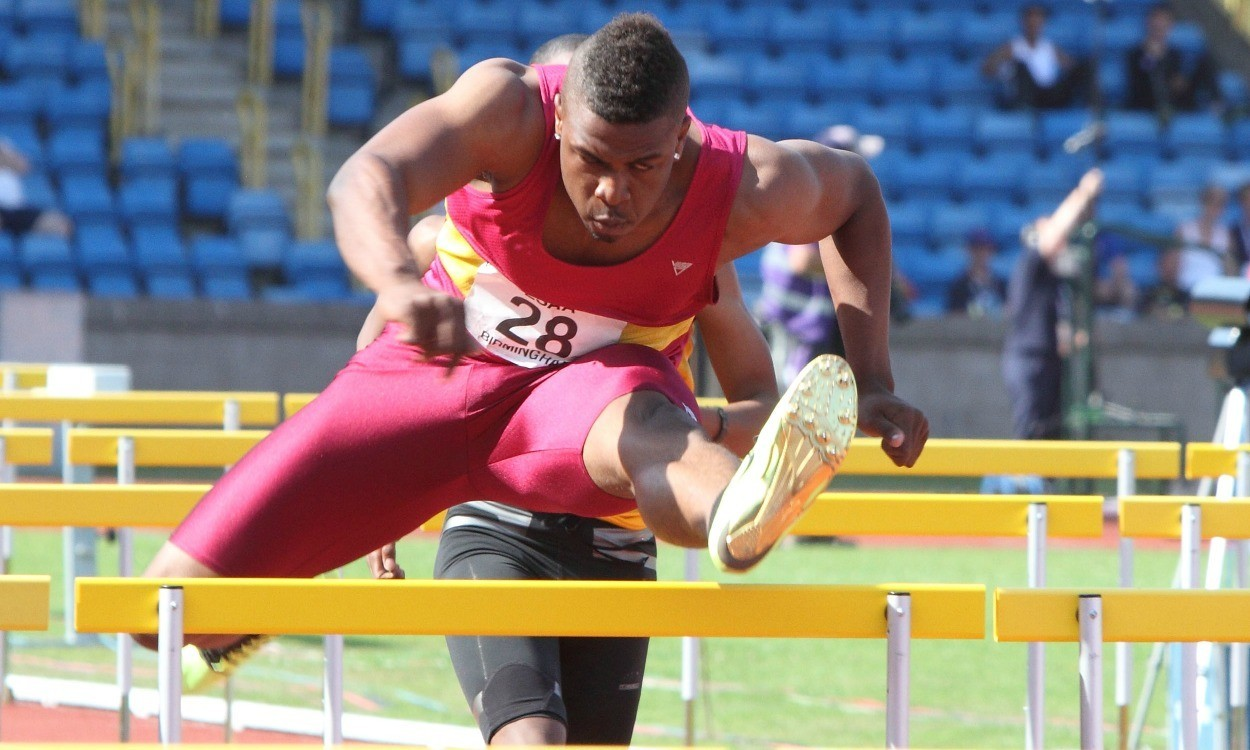 Athletes look for top marks at English Schools