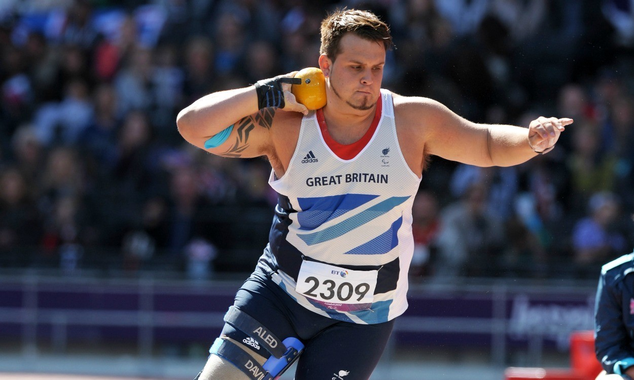 More Euro titles for Aled Davies and Thomas Young
