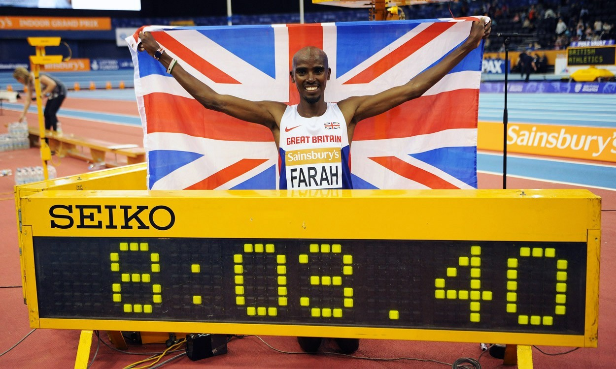 Mo Farah breaks two miles world best in Birmingham