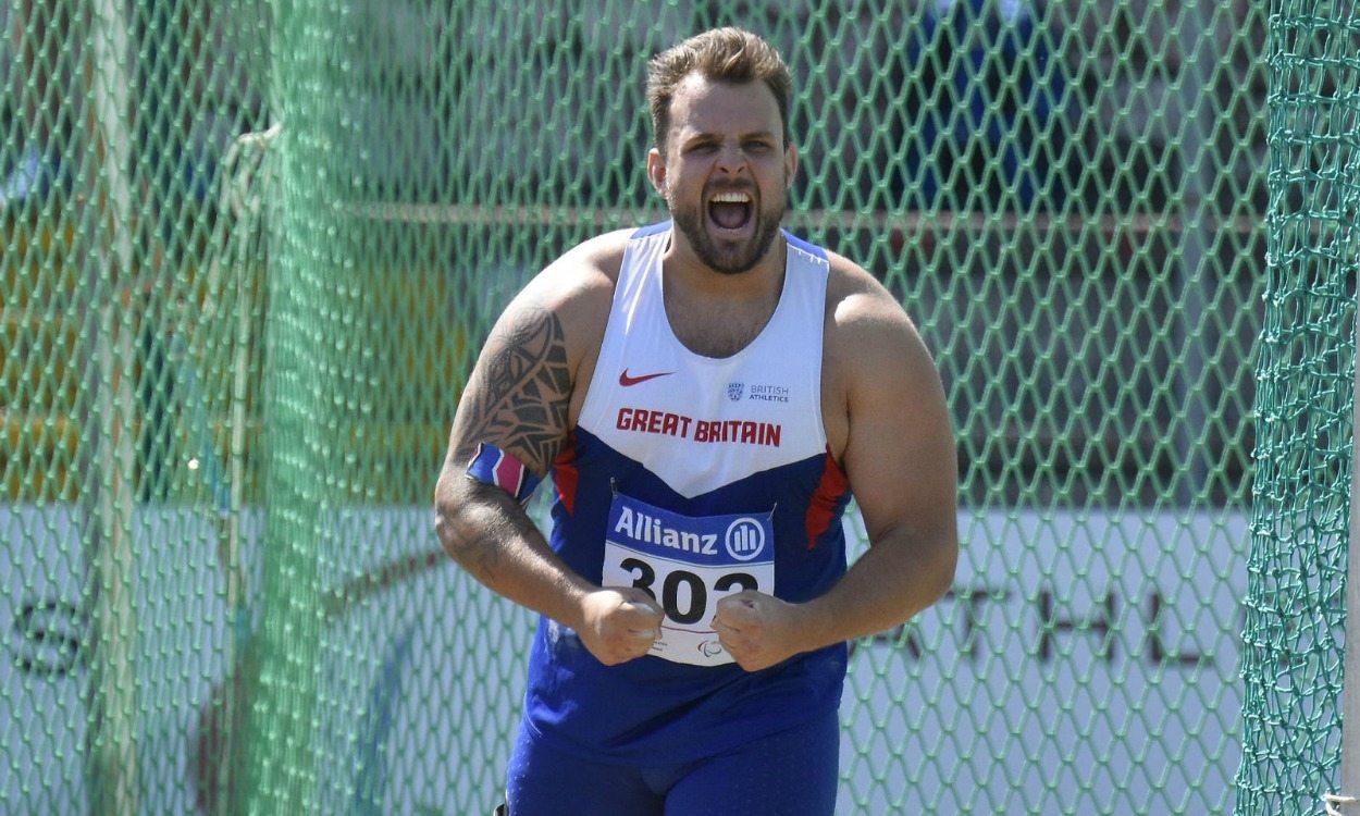 Aled Davies and Georgie Hermitage break world records in Grosseto