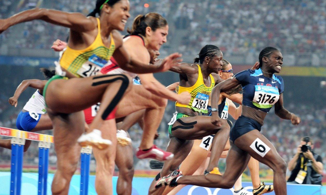 olympic hurdler harper run - 1250×750
