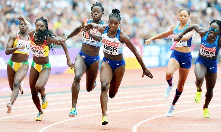 Desiree-Henry-to-Dina-Asher-Smith-4x100m-heats-London-2017-by-Mark-Shearman