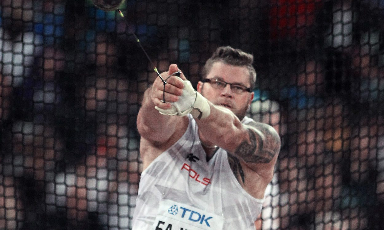 Pawel Fadjek seals world hammer hat-trick in London