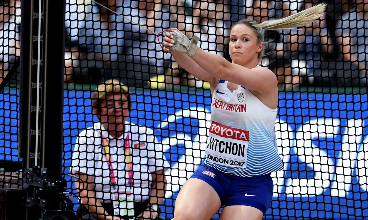 Sophie Hitchon cruises into hammer final in London