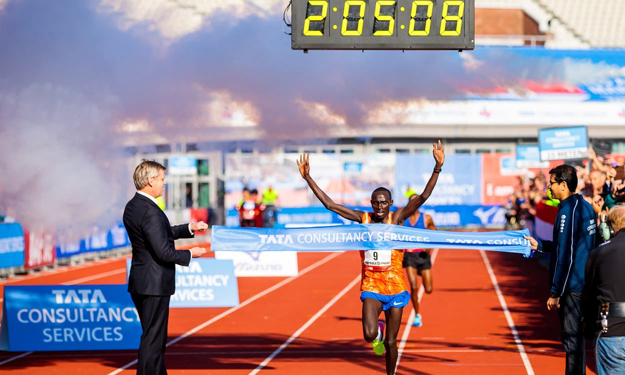 Lawrence Cherono breaks Amsterdam Marathon course record – weekly round-up