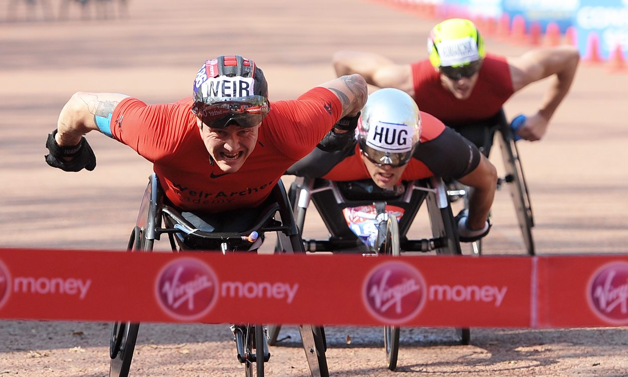 David Weir storms to eighth London Marathon win