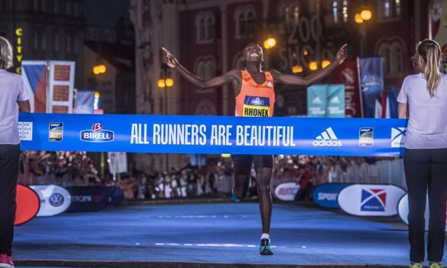 Teen phenom Rhonex Kipruto just misses 10km world record in Prague