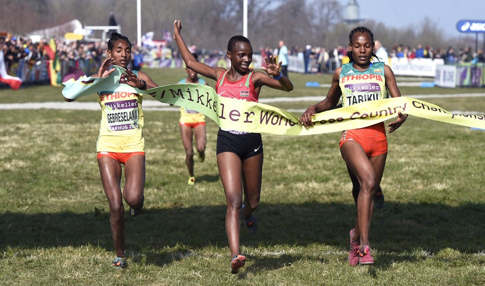 Beatrice Chebet takes World Cross U20 gold after dramatic ending