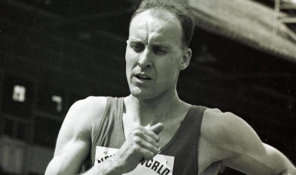 Olympic champion race walker Ken Matthews dies