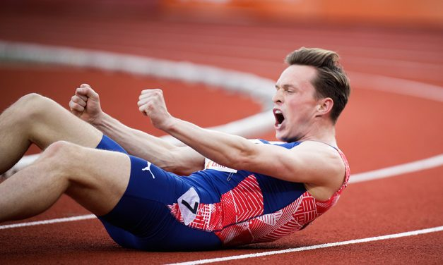 Karsten Warholm smashes world 300m hurdles best in Oslo