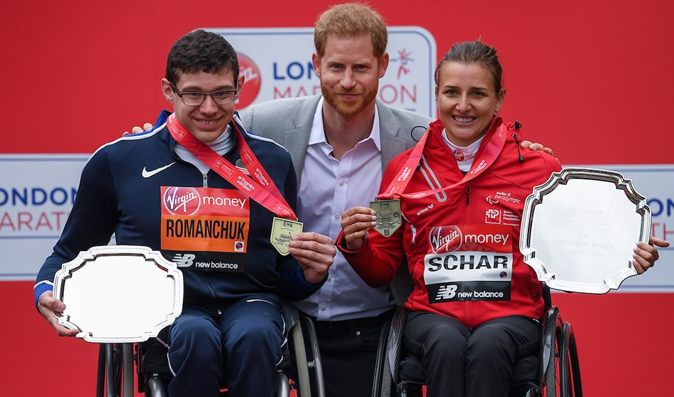Daniel Romanchuk and Manuela Schär to defend London Marathon titles