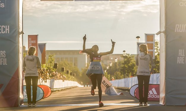 Peres Jepchirchir smashes world half-marathon record in Prague