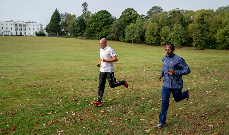 Kenenisa Bekele out of London with calf injury