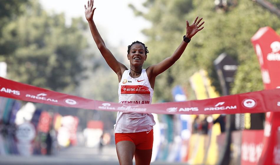 Yalemzerf Yehualaw and Amdework Walelegn win Delhi Half Marathon