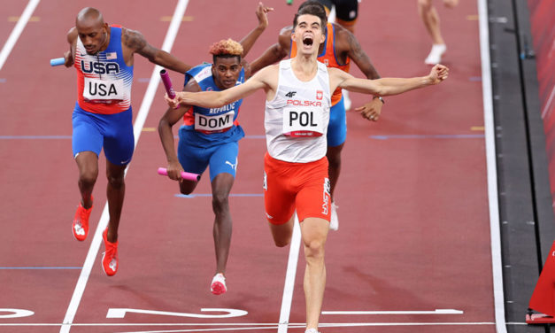Poland win mixed relay in an Olympic record
