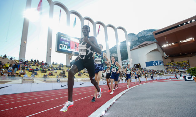 Timothy Cheryuiot and Nijel Amos go top of the world in Monaco