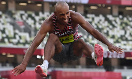 Damian Warner on course for 9000 points
