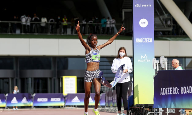 World records on the road for Agnes Tirop and Senbere Teferi